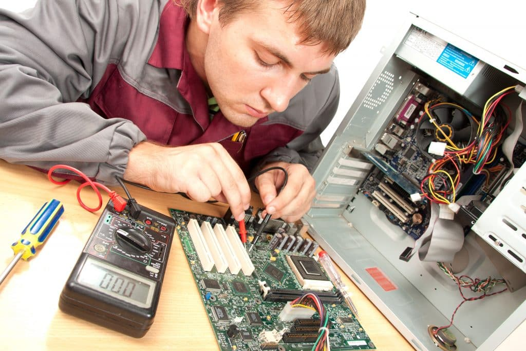 Affordable Computer Repair 1024x683 - 6 Ways Computer Repair Techs Can Help You by Fixing Your Older Equipment