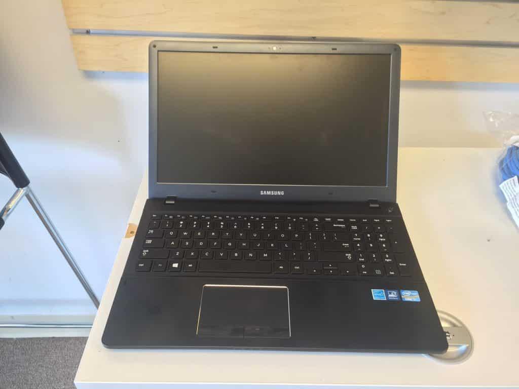 NP470R5E samsung laptop