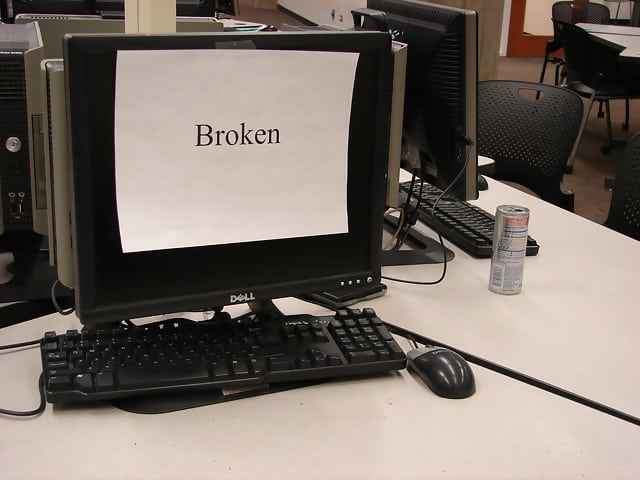 A desktop computer sitting on a deskDescription automatically generated